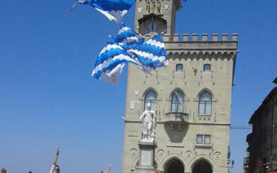 Spettacolo e tradizione. Weekend a San Marino per gli sbandieratori dei Canneti