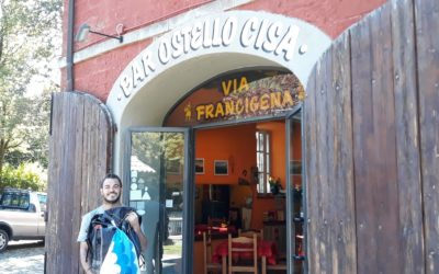 In viaggio sulla Francigena. Il nostro Jacopo al Passo della Cisa, direzione Toscana