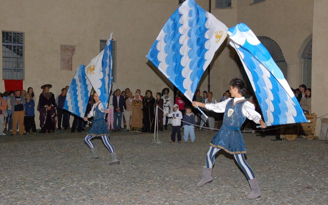 Canneti alla Rievocazione storica di Saluzzo. La fotogallery dell'esibizione biancazzurra del 2009