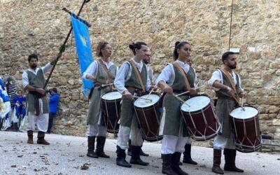 A PortaNuova 1155 il saluto dei tamburini della Cerna dei Lunghi Archi San Marino